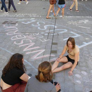 Kunstaktion auf der Maria-Theresien-Straße